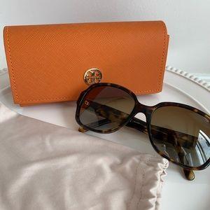 🆕 Tory Burch Polarized Sunglasses